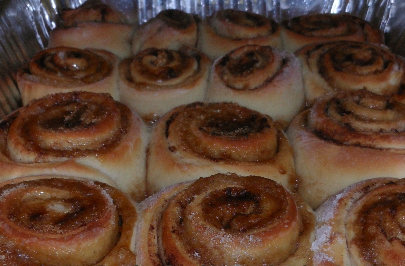 The cinnamon rolls came out of the oven all piping hot and beautiful!