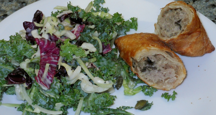 Shortly thereafter, dinner was served! I had a lovely Kale salad with my egg roll. Dinner was so good!