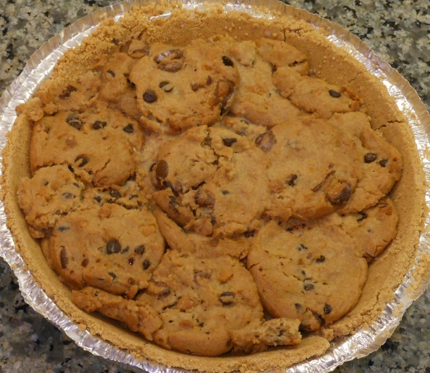 When you have enough cookies, gently press down on the top to remove the excess space between the cookies.