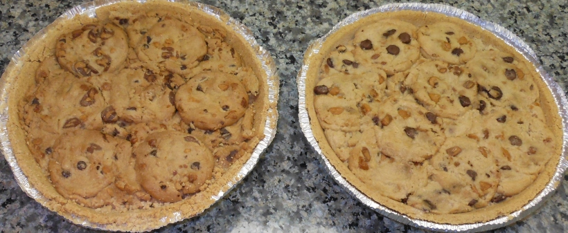 See?  The one on the left is the Chips Ahoy pie, and the one on the right used the Keebler cookies.  the Keebler one comes together just a tiny bit better.