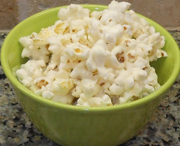 "I sprinkled on some of my favorite ""Kettle Corn"" popcorn seasoning for an indulgent treat!"